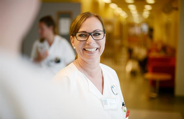 Nurse smiling. (Photo)